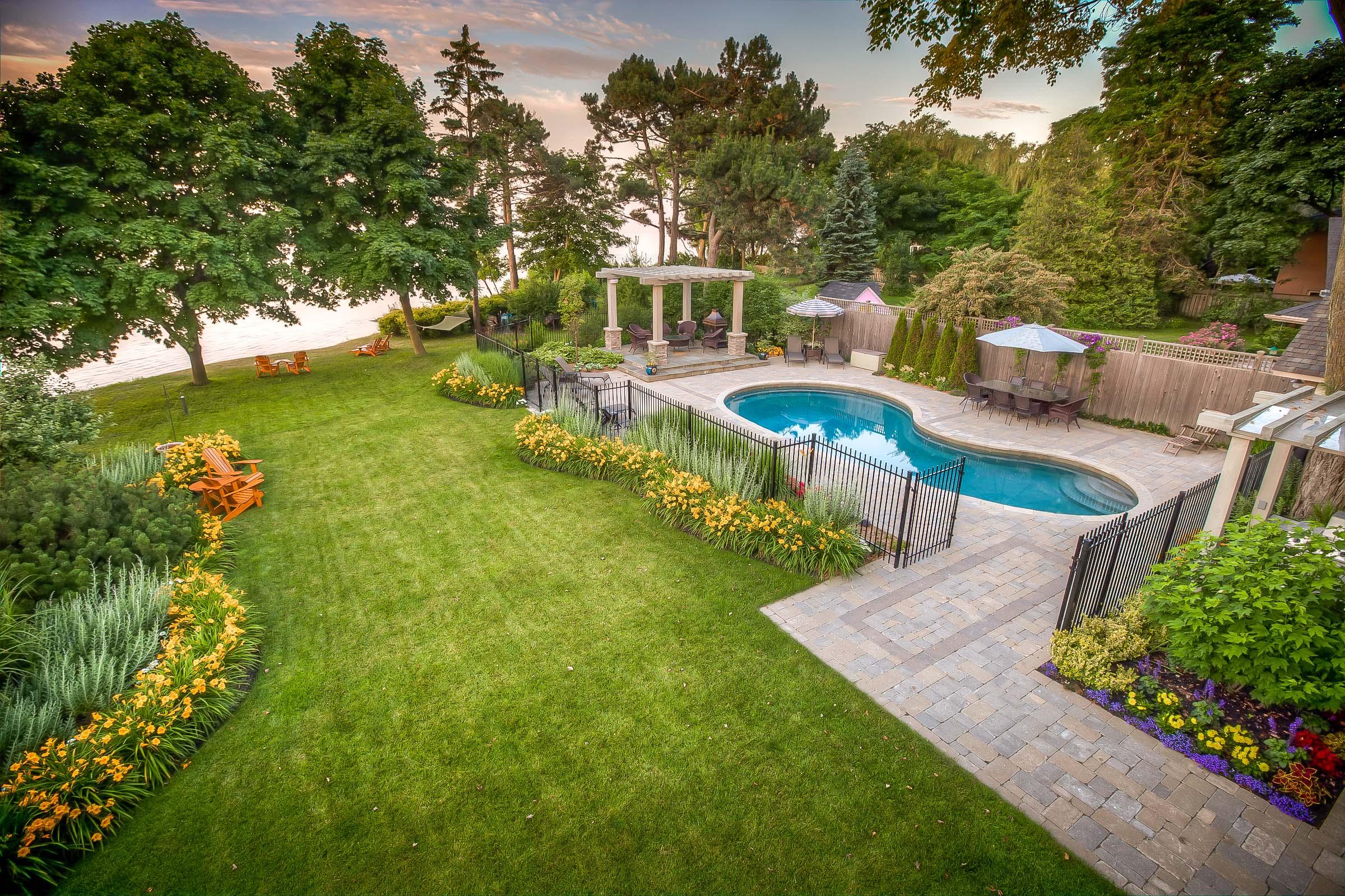 Toronto Bluffs Landscape Design