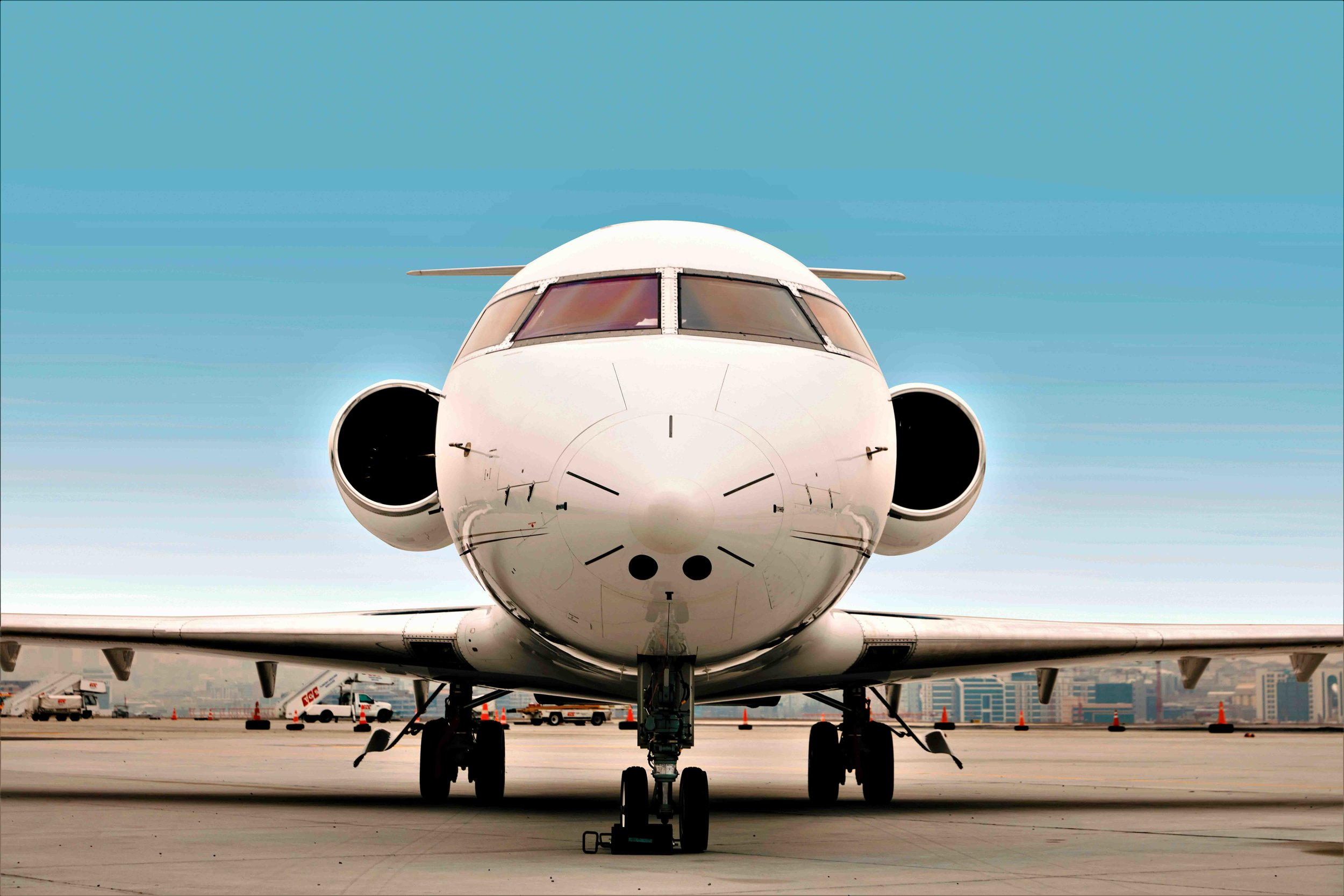 2005 Challenger 604 For Sale Exterior 1