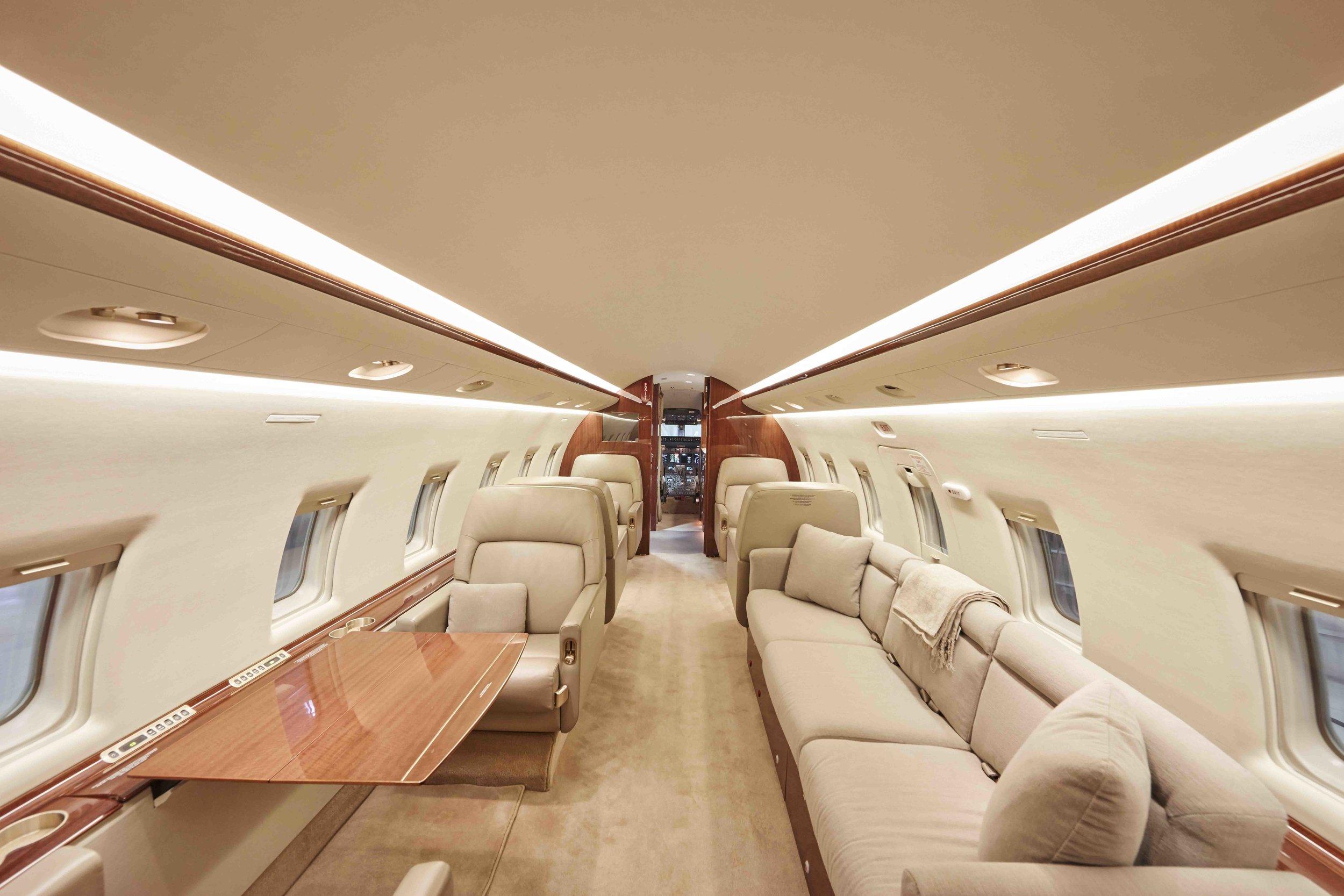 2005 Challenger 604 For Sale Interior 9