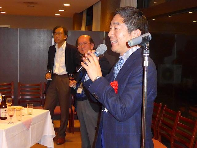 懇親会における中山先生