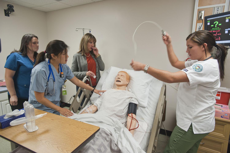 Nursing_simulation_lab_at_Hudson_Valley_Community_College.jpg