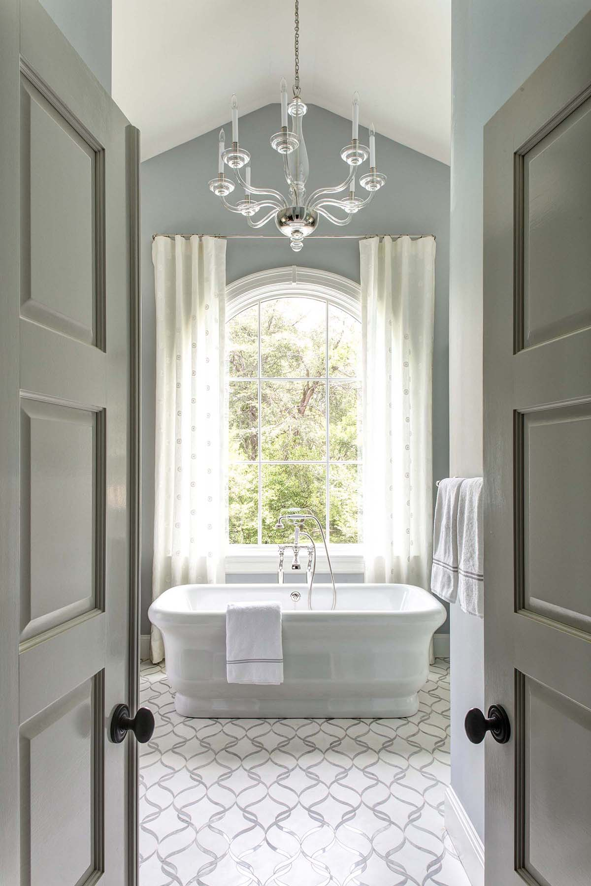 E Stuart Nordin- Waynewood- Master Bath 1.jpg