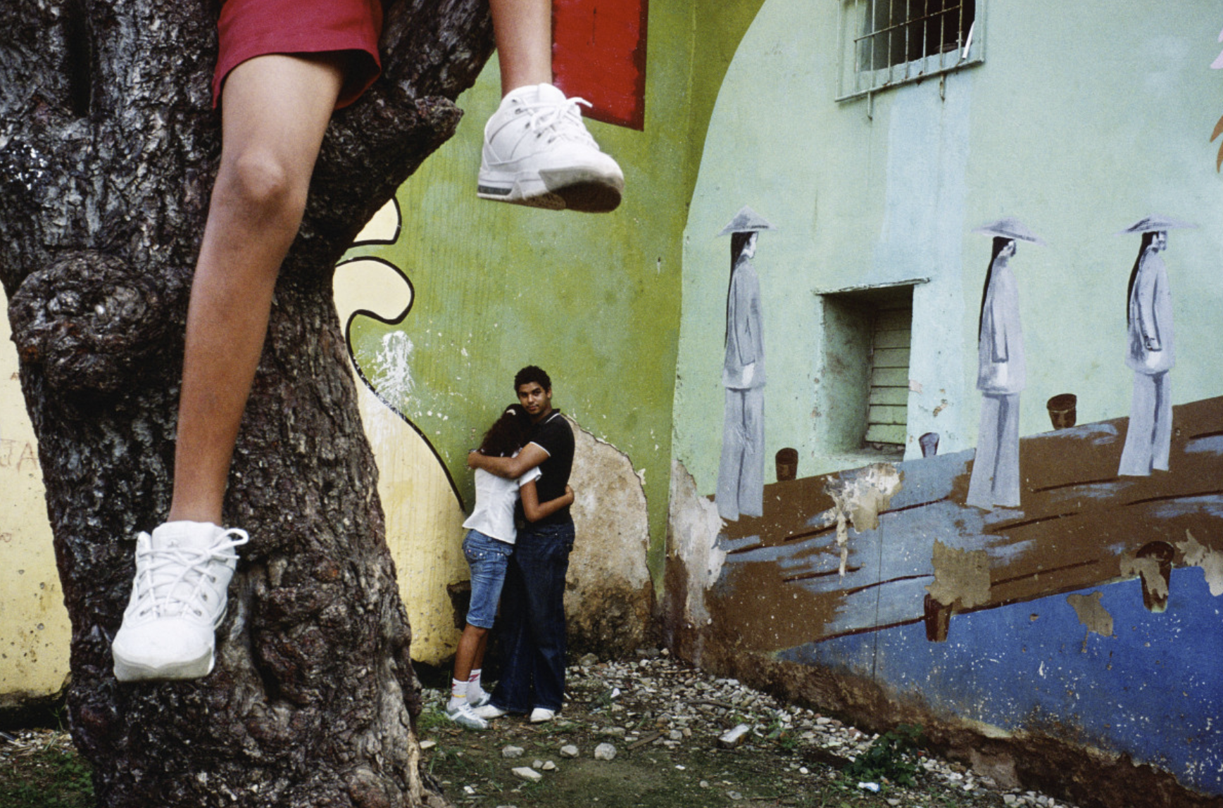 "Alex Webb. "" Violet Isle: A Duet of Photographs from Cuba """