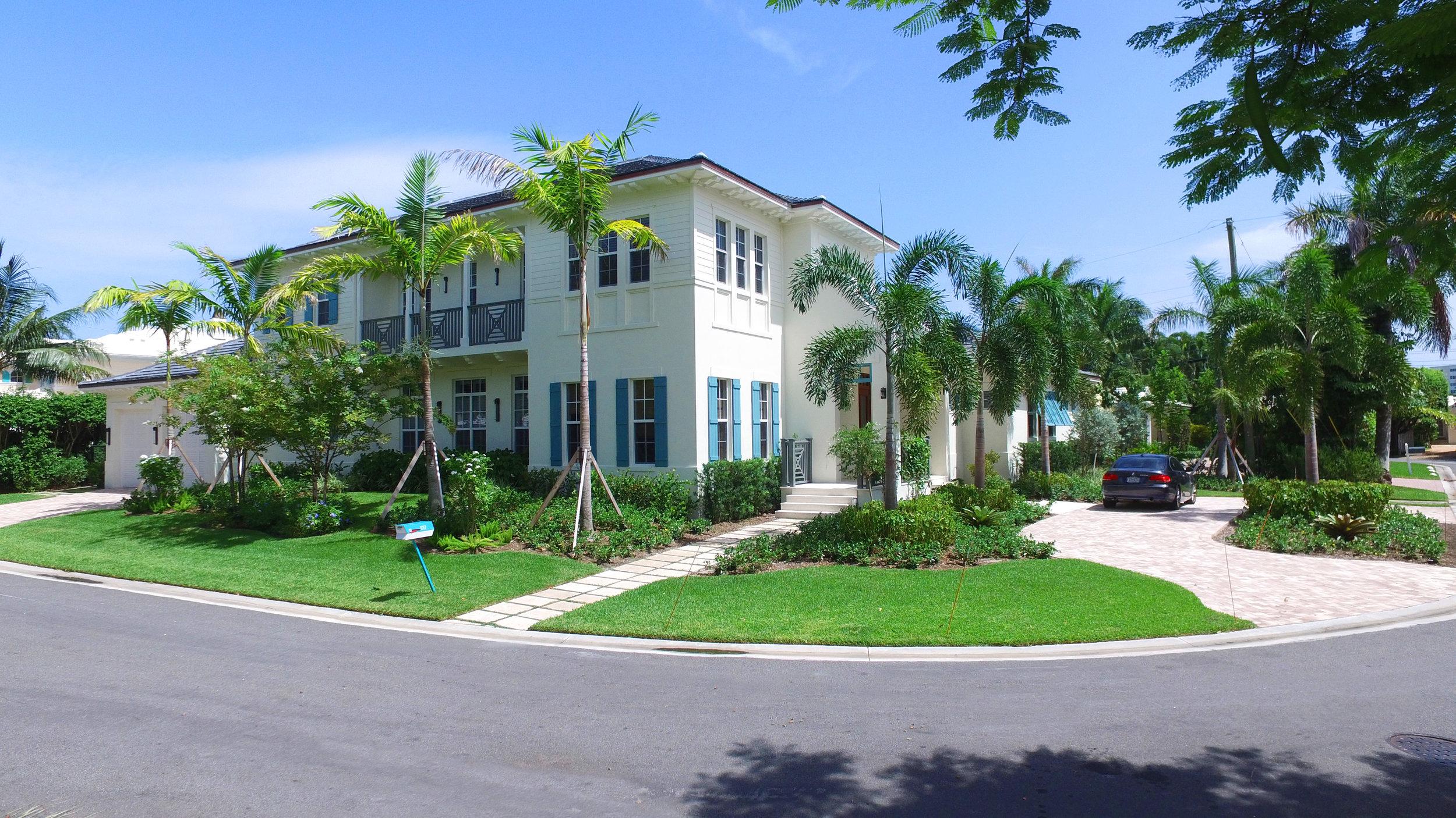 Custom Home | Delray Beach, FL  4 Beds |4.5 Baths | 5,200 SF  Architect | Gary Eliopolis   View Project