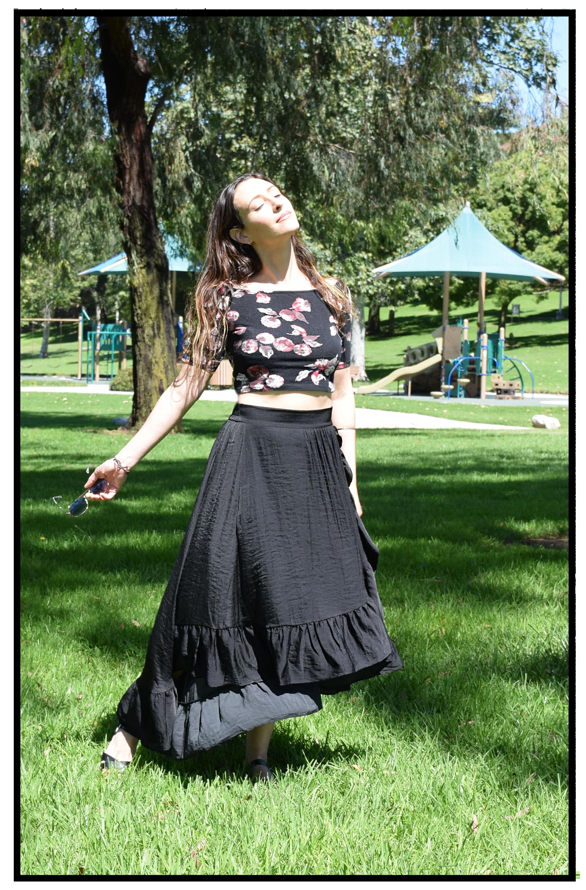black.ruffle.skirt-Maje-streetstyle