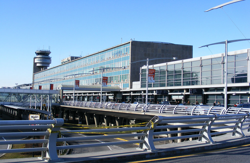 mtl_limo_airport.png