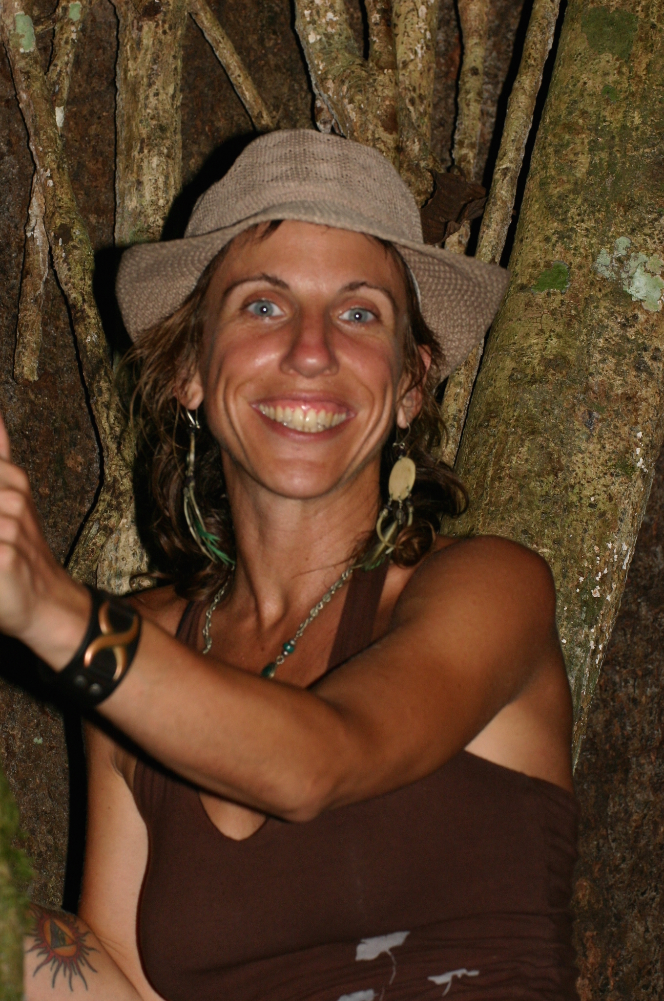Esoteric Healer, Integrational Therapist, Dancer & Founder of Ayahuasca Yoga