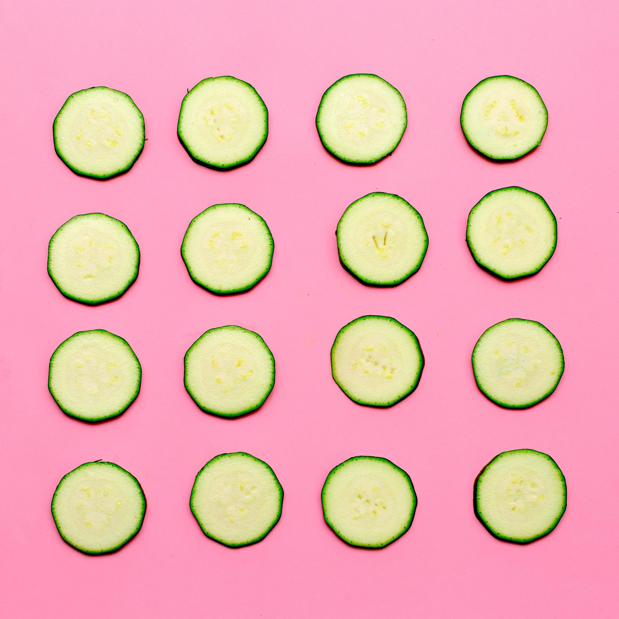 zucchini-background-vegan-minimal-art-design-PYYJJAG.jpg