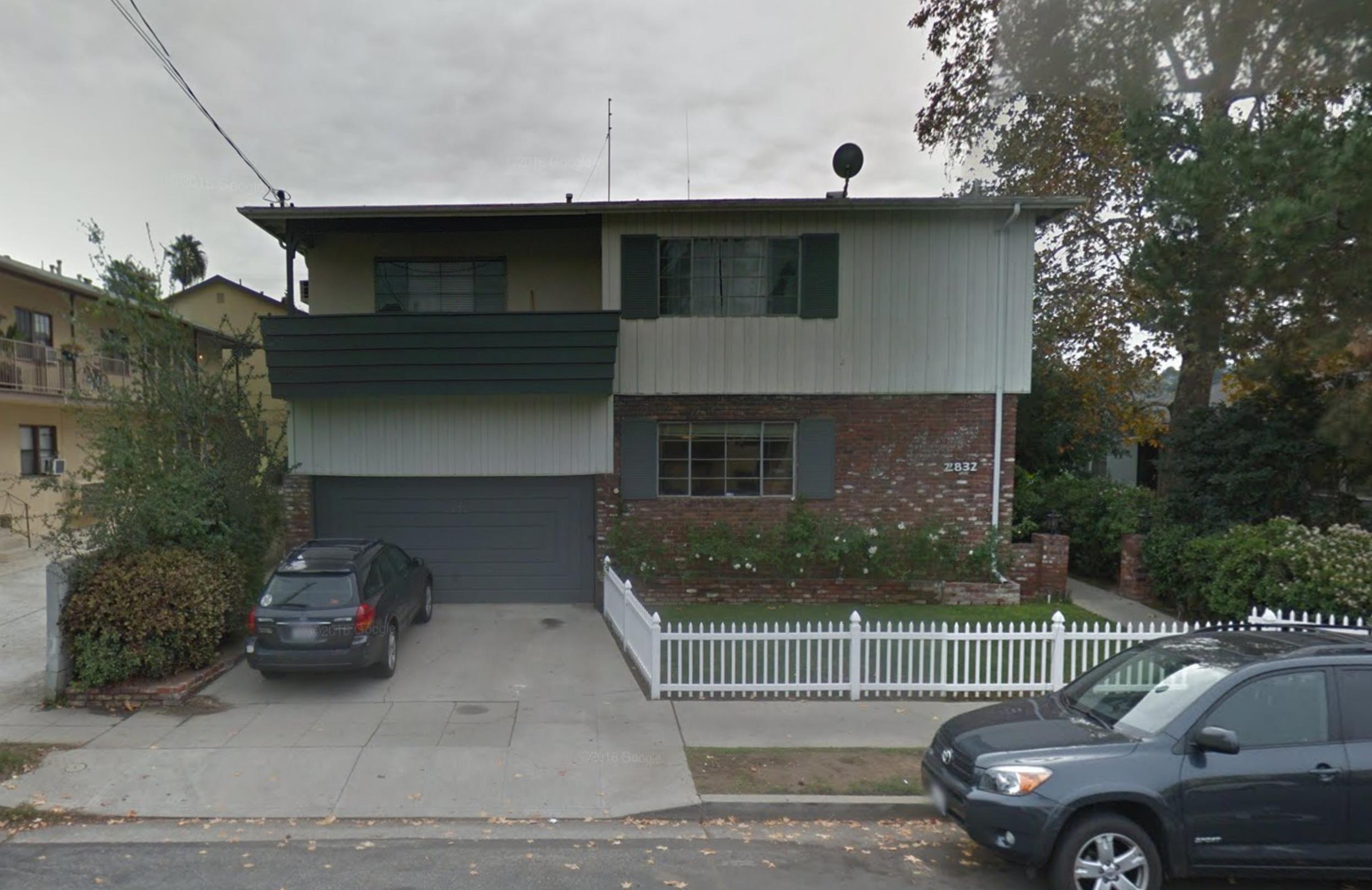 El Charro Apartments.png