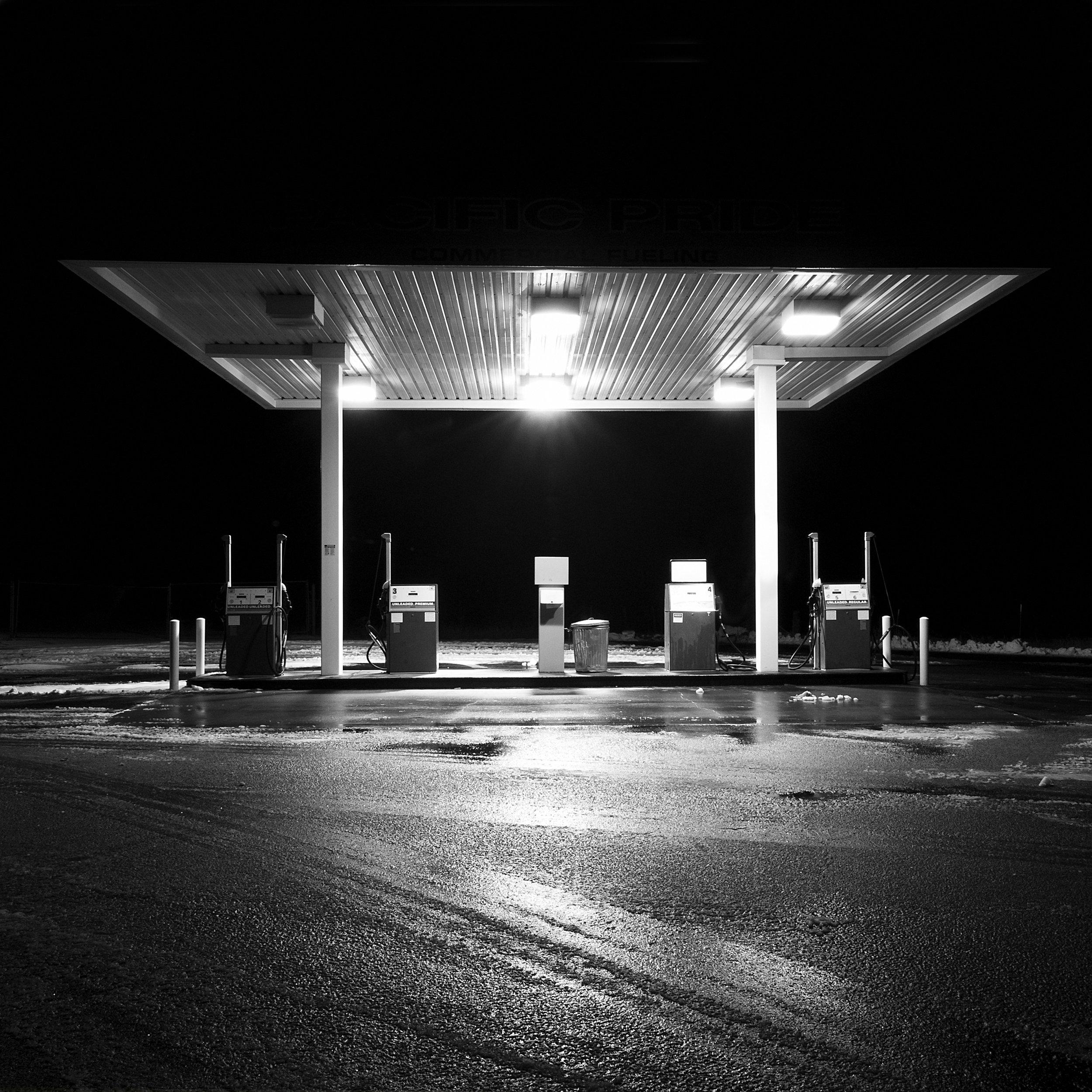 gass station final.jpg