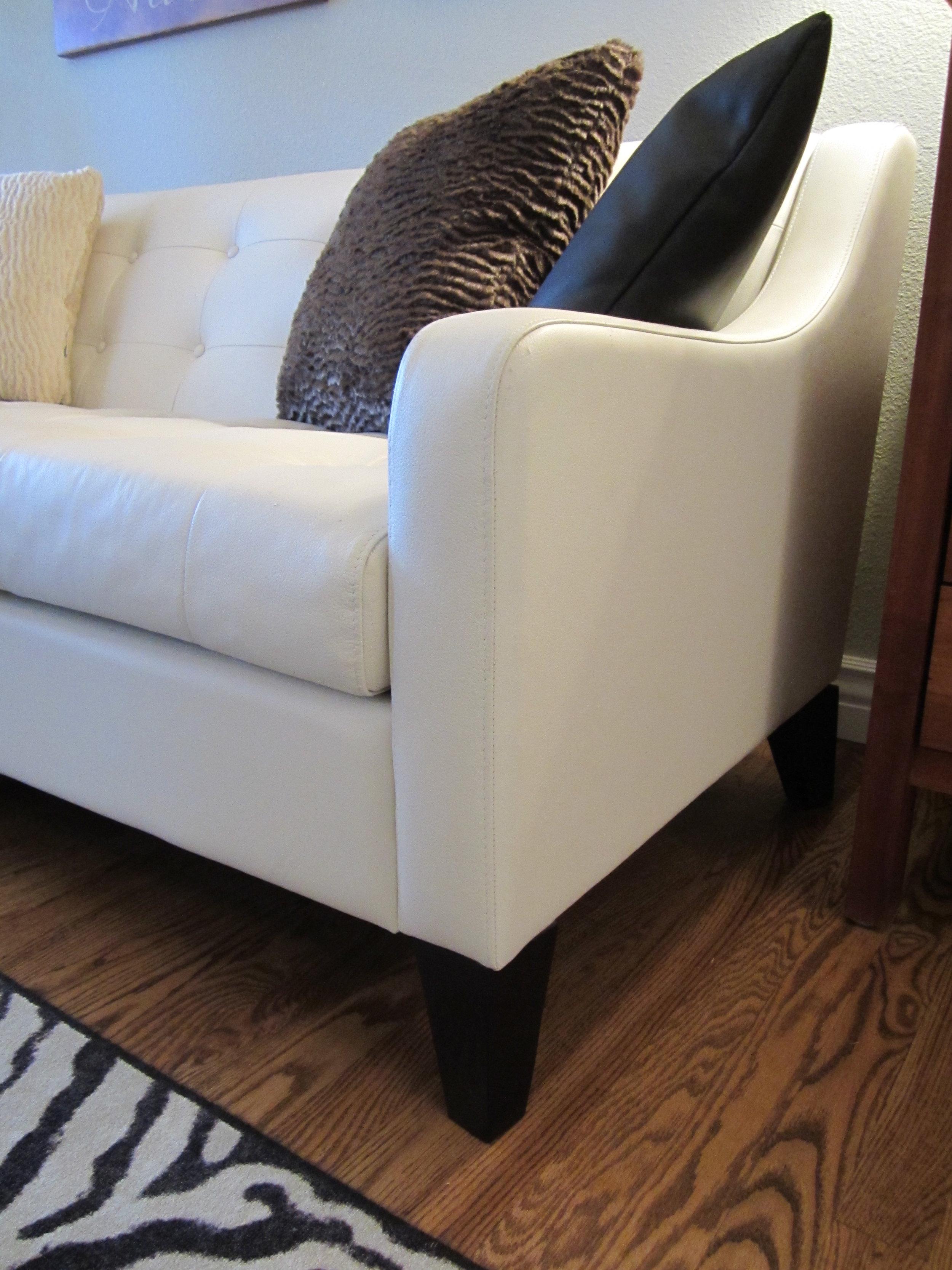Furniture & Layout