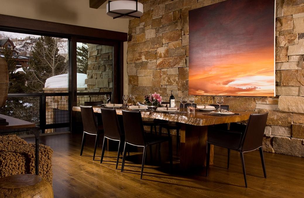 Lions Den Dining.jpg