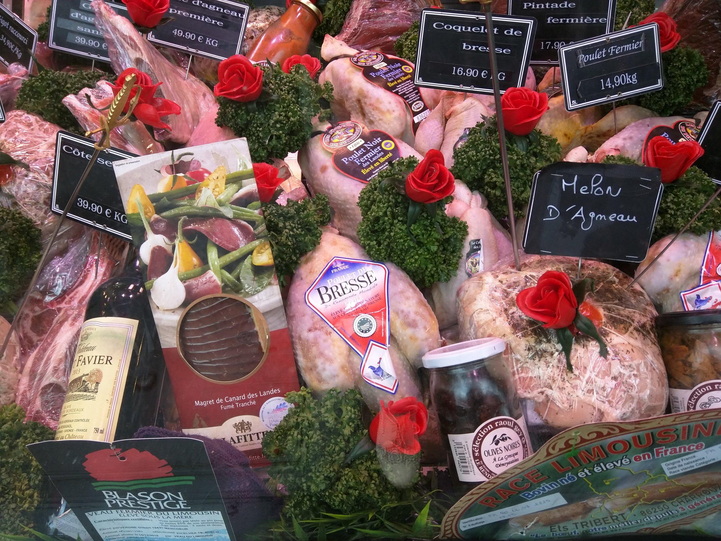 meats & roses creative window display 2.jpg
