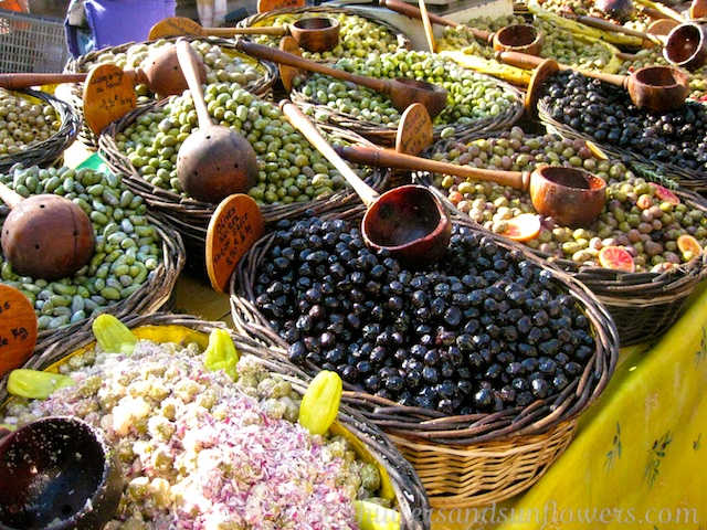 Olives at the market in Uzes