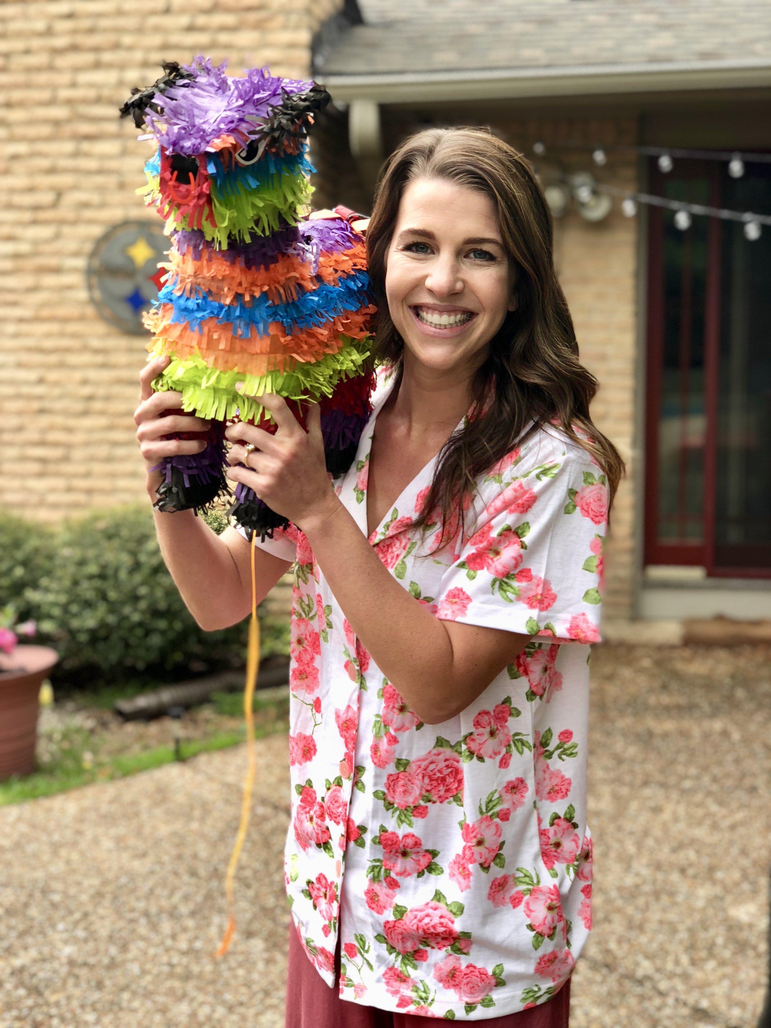 She's so purdy! Happy PJ Fiesta Bridal Shower, Britt!