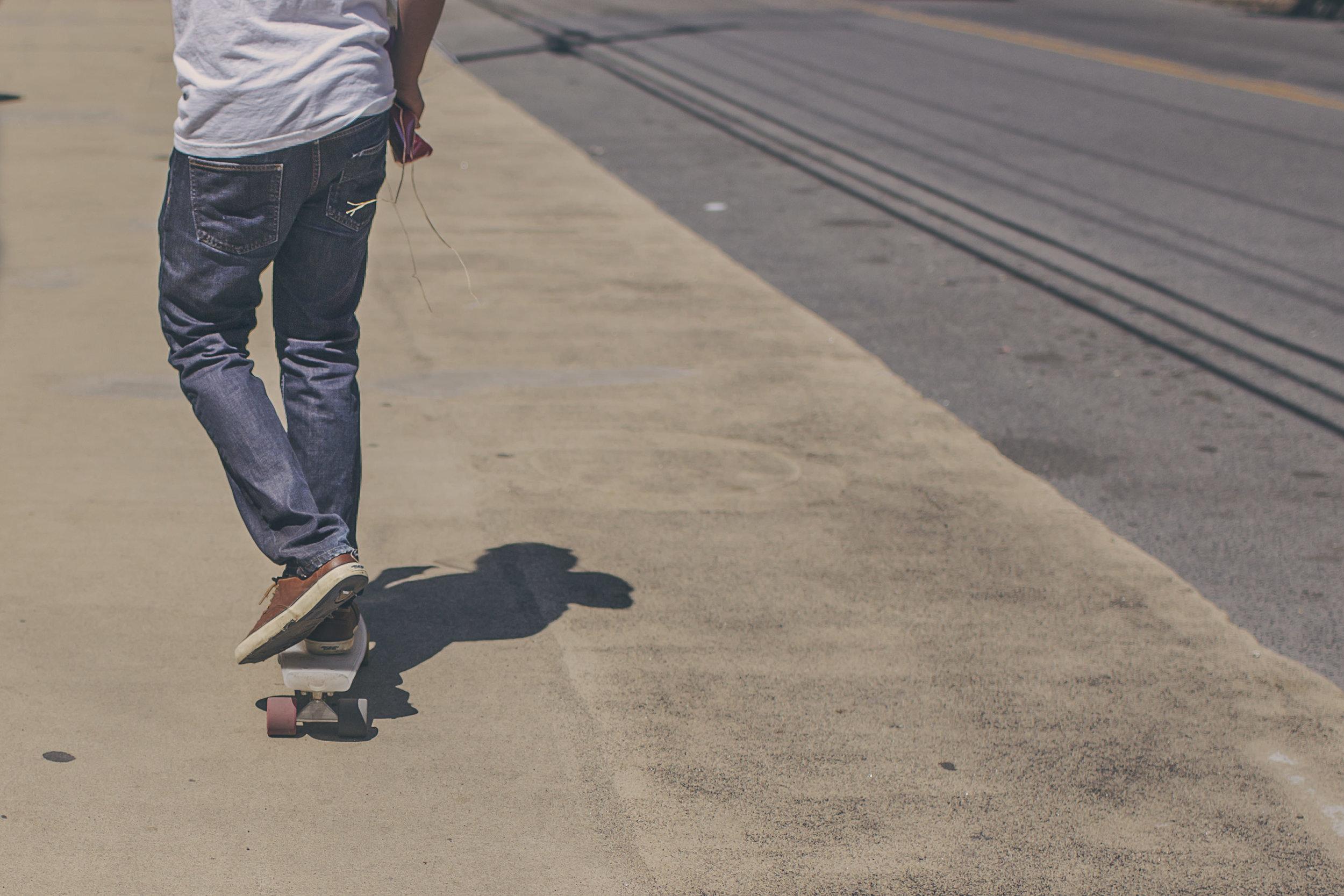 boss-fight-stock-images-photos-free-photography-man-skateboard[1].jpg