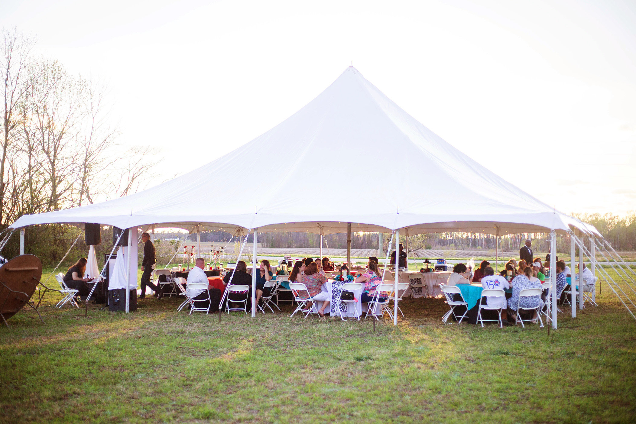 - Spring, Summer, and Fall are your seasons for an outdoor wedding. However, there are a lot of things to be aware of when planning one. Here are our 10 Tips for you when planning an outside wedding if you don't hire a professional.
