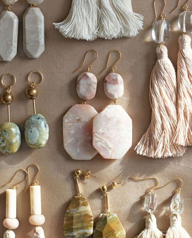 Handmade earrings by jewelry designer Kathryn Blackmore (@thevamoose). Sooo pretty and chic ✨