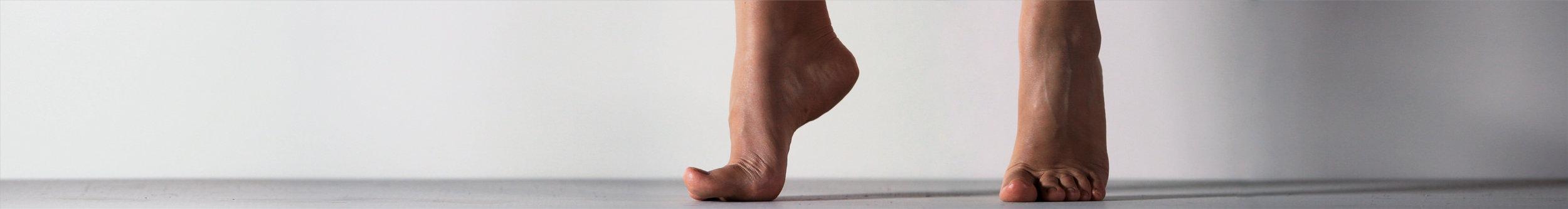 Sanchez, Casilda_Quisiera_feet_02.jpg