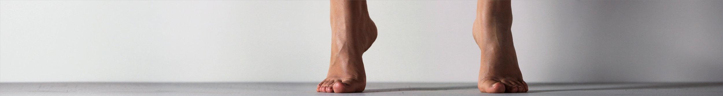 Sanchez, Casilda_Quisiera_feet_09.jpg