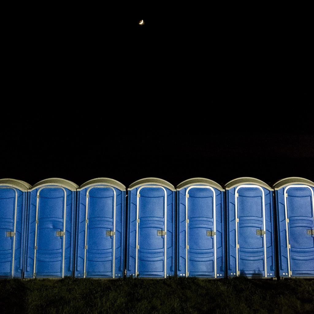 Moonrise Over Baño