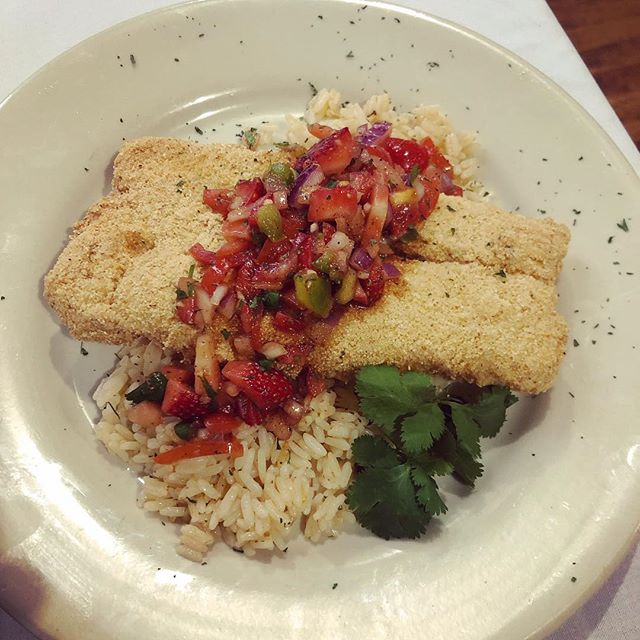 Thursday Lunch Special! Cornmeal-Crusted Cod ◾️Topped with Strawberry Salsa ◾️Served over Cajun Rice