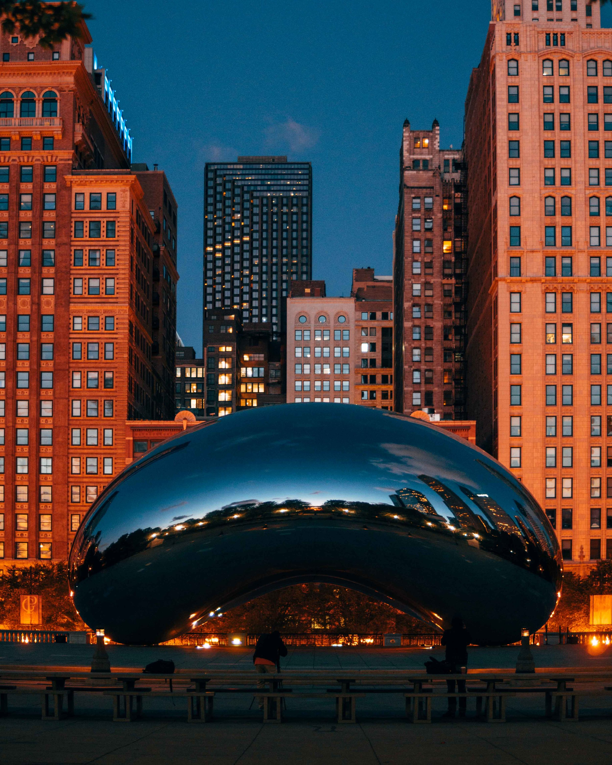 36-hours-in-chicago-bean-at-sunrise