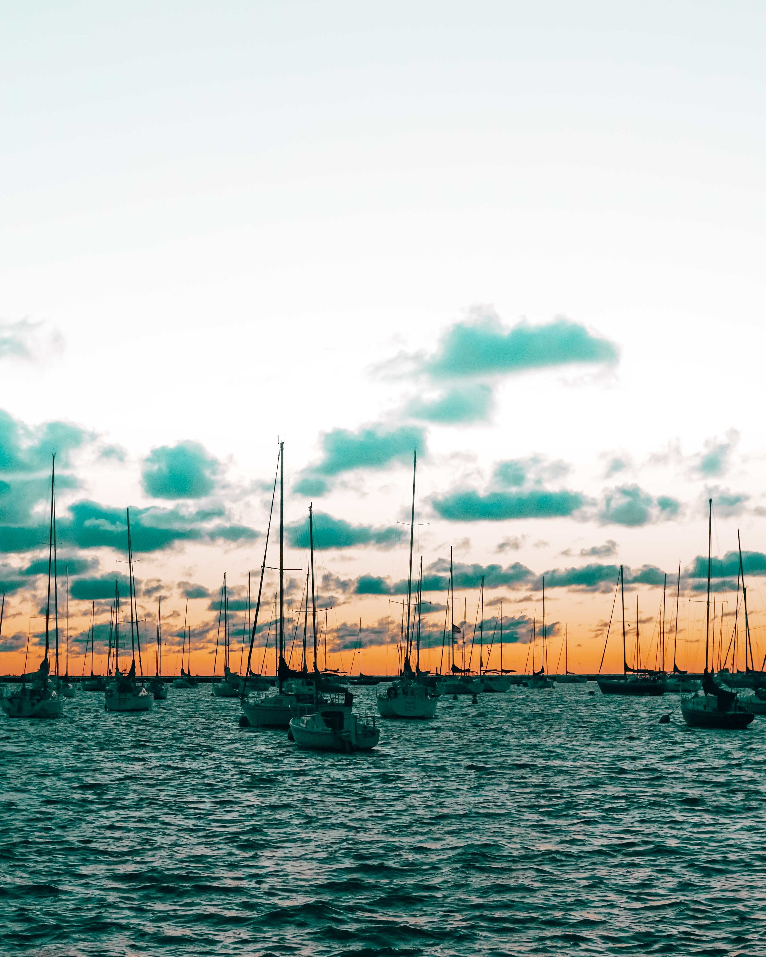 36-hours-in-chicago-sunrise-on-the-waterfront