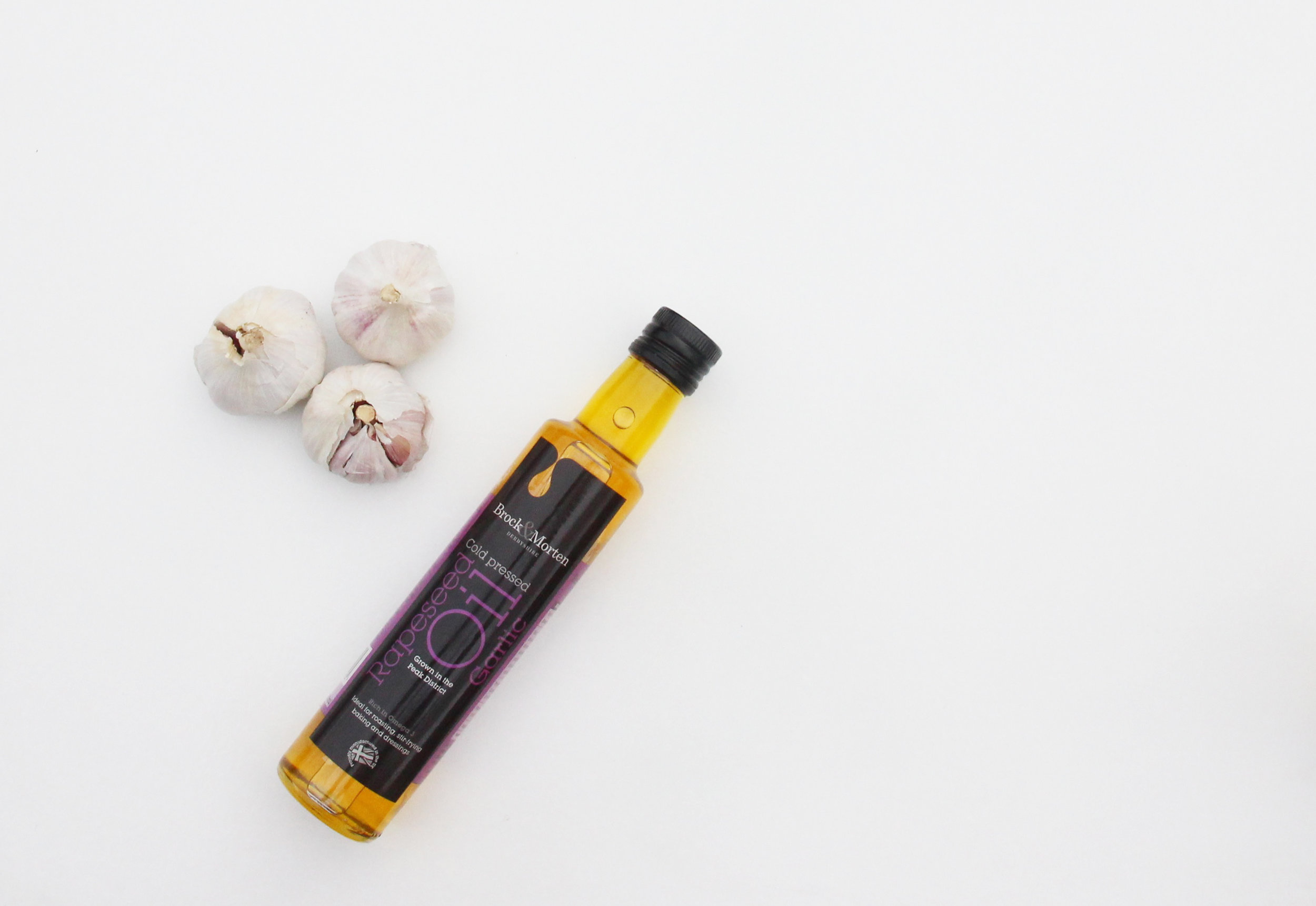 Garlic flavoured rapeseed oil