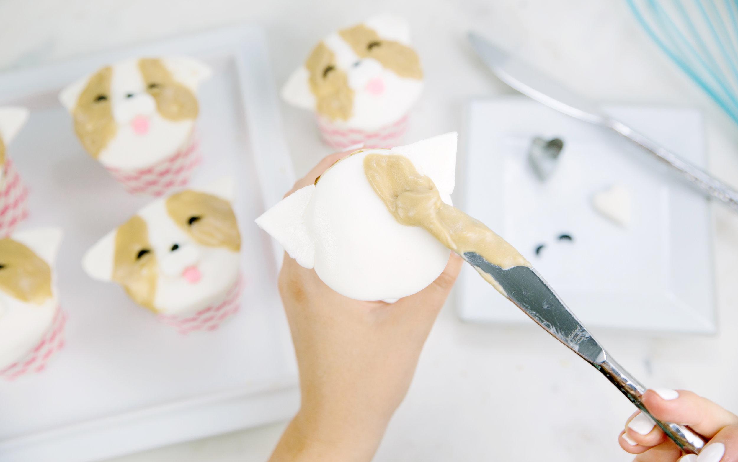 Corgi cupcakes for a corgi dessert or corgi treats. Recipes for cooking corgi cake or cupcakes.