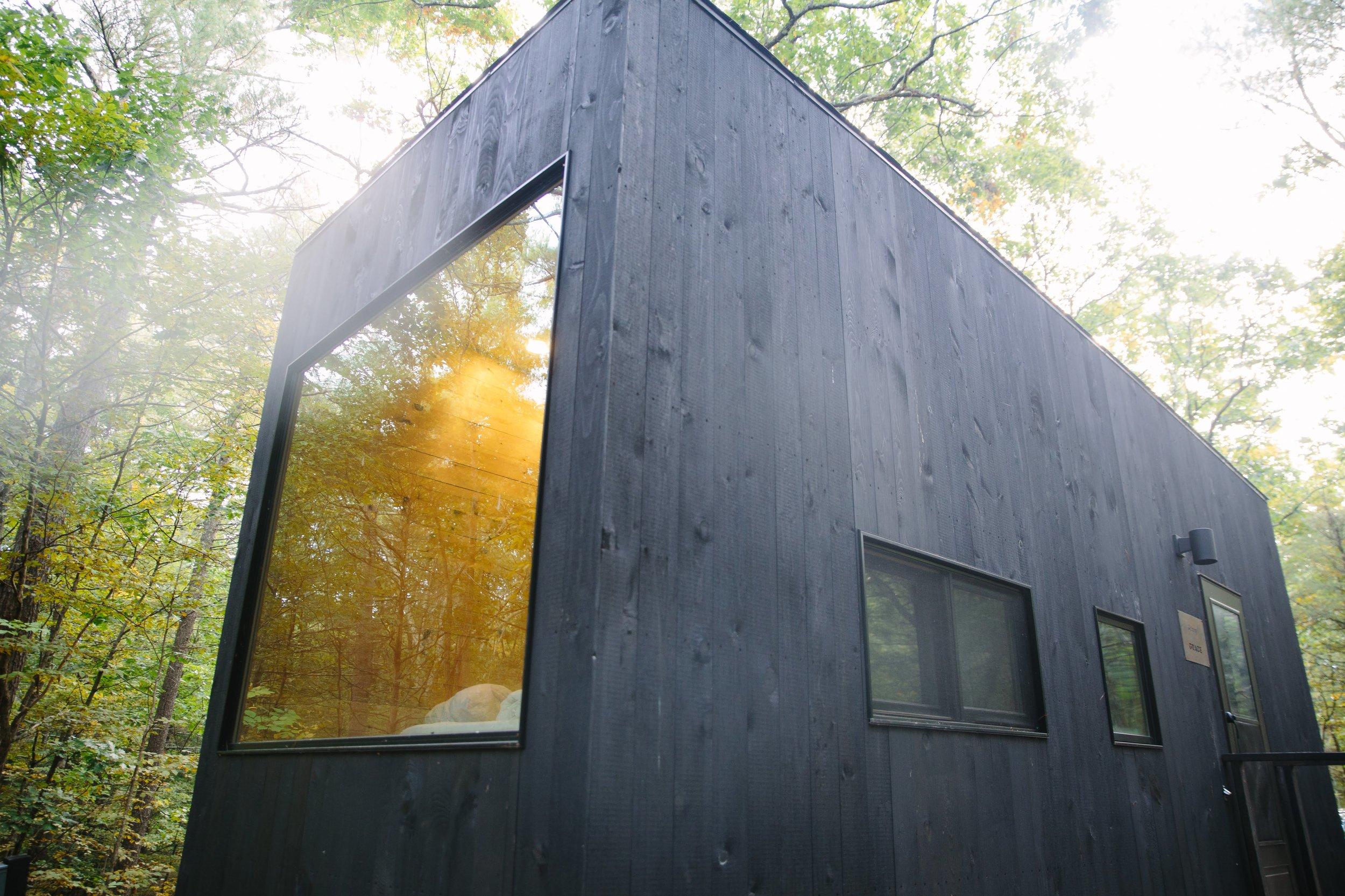 Getaway tiny house reviews on The Dapple lifestyle blog