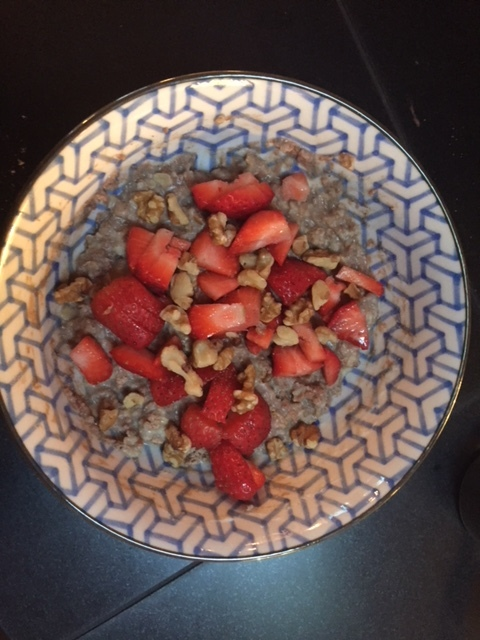 Here is my High Protein Oatmeal. I used the Raw Vegan Stellar Labs Chocolate Protein Shake in this picture.