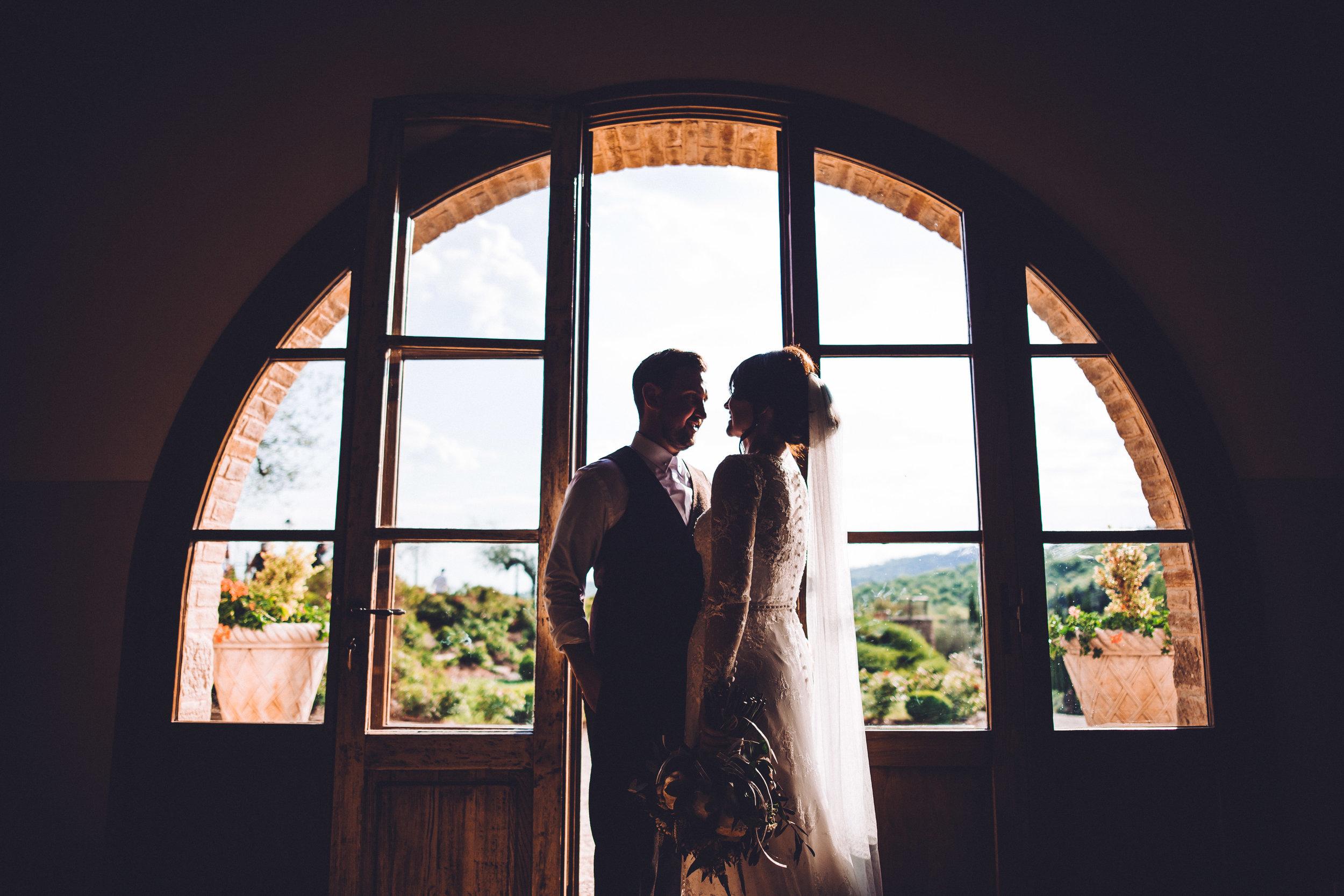 Bride and Groom at Villa Baroncino