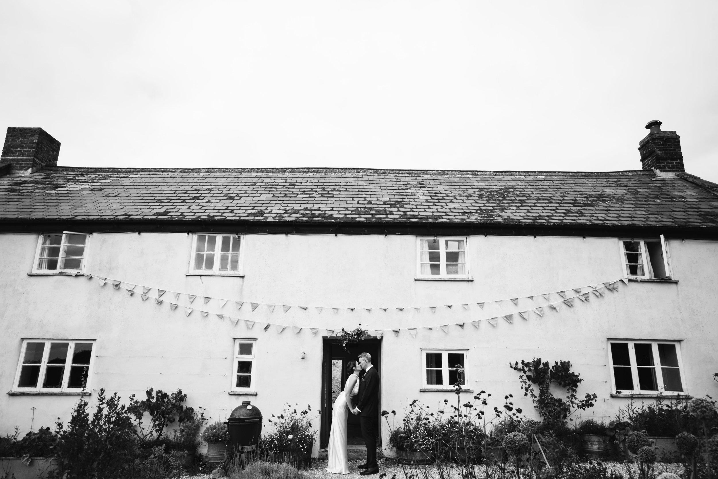 river-cottage-wedding-01145.jpg