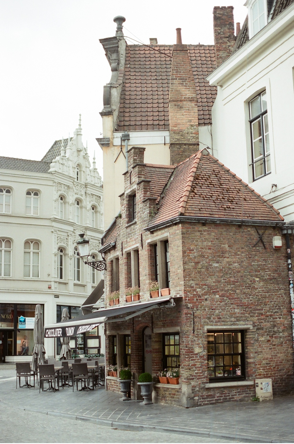 Brugge_Belgium_WeddingPhotographer©MadalinaSheldon_0022.jpg