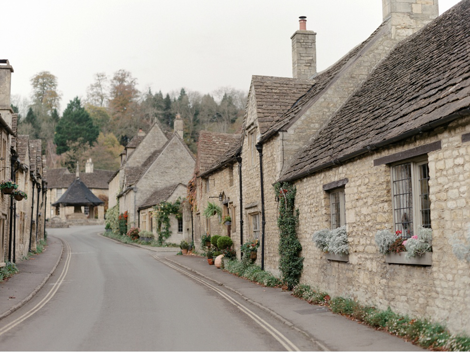 Cotswolds_WeddingPhotographer_UK©MadalinaSheldon_15.jpg
