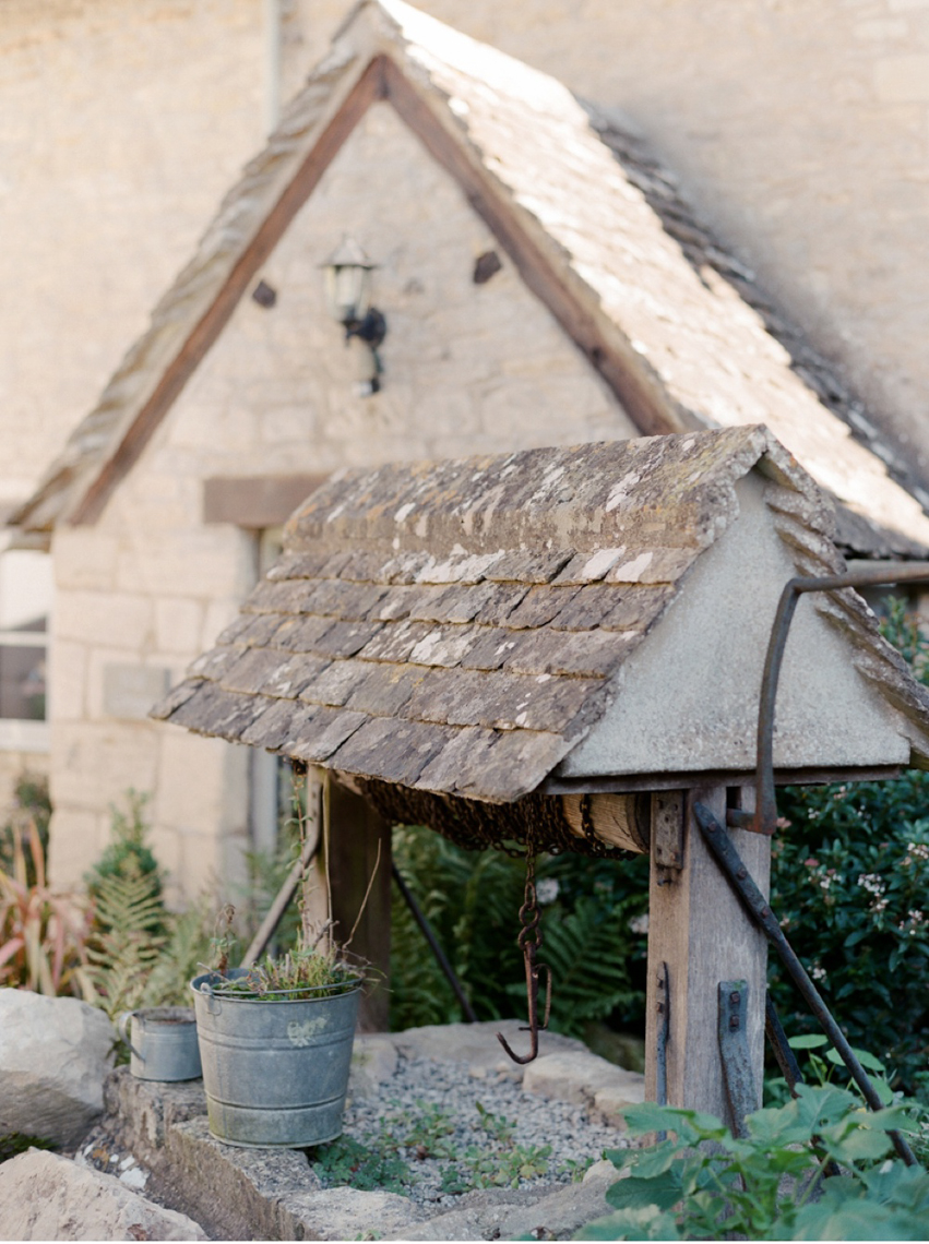 Cotswolds_WeddingPhotographer_UK©MadalinaSheldon_20.jpg