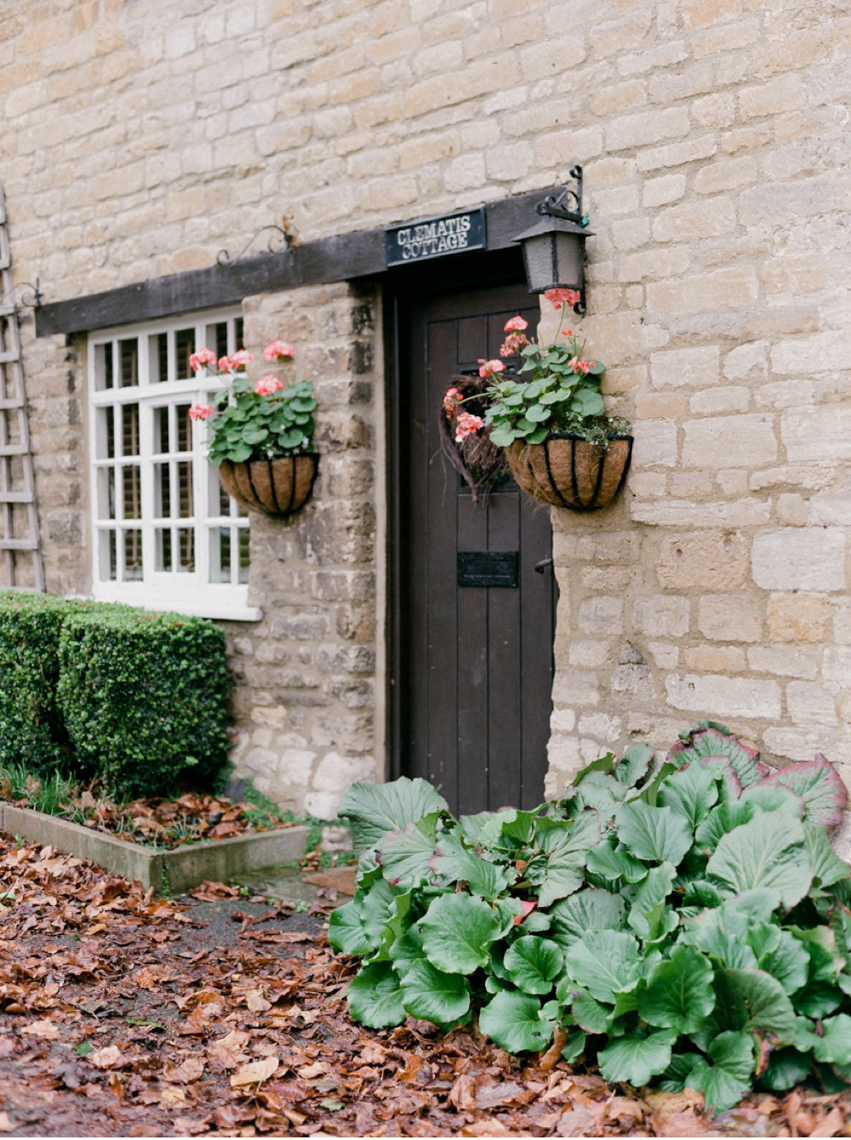 Cotswolds_WeddingPhotographer_UK©MadalinaSheldon_30.jpg