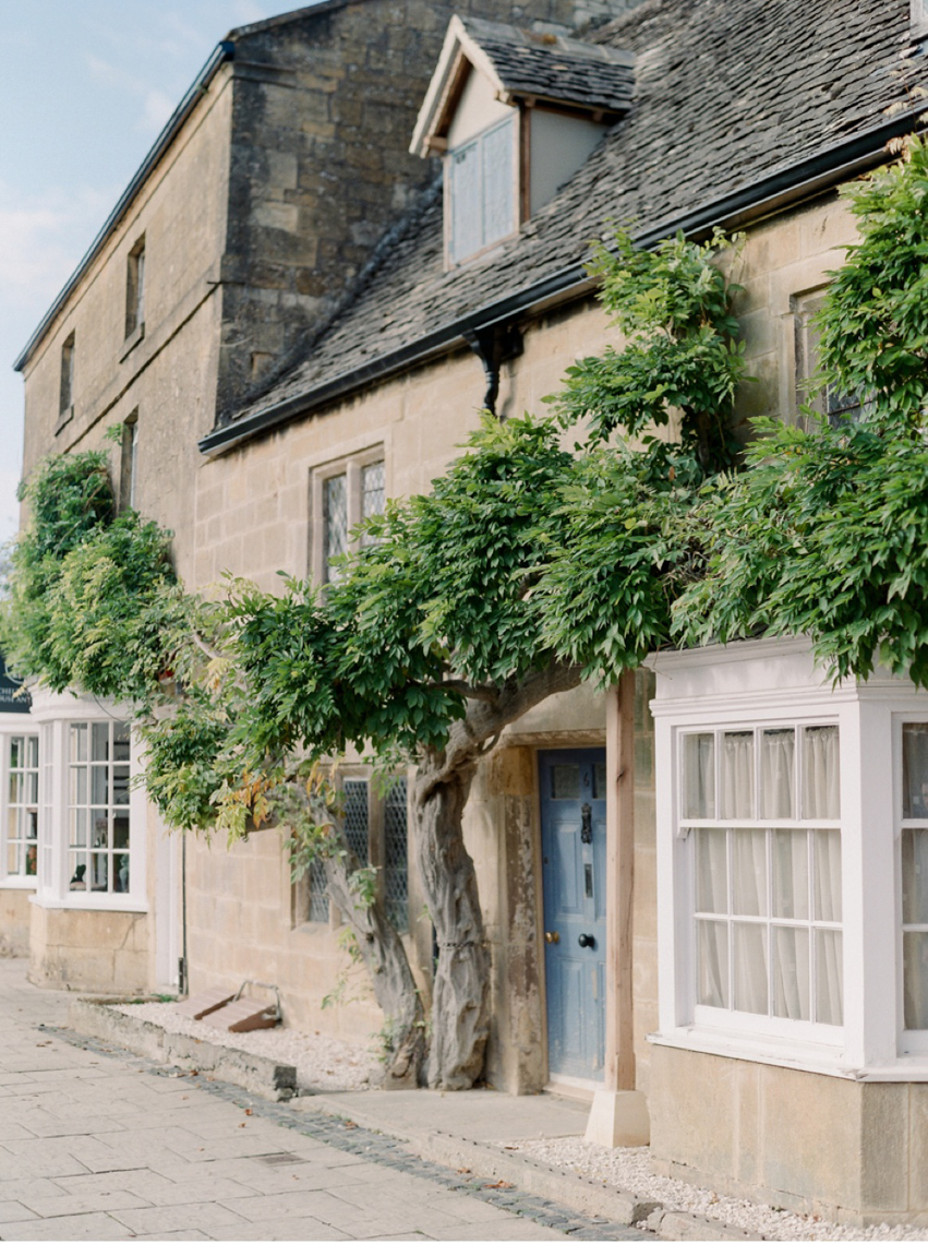 Cotswolds_WeddingPhotographer_UK©MadalinaSheldon_36.jpg