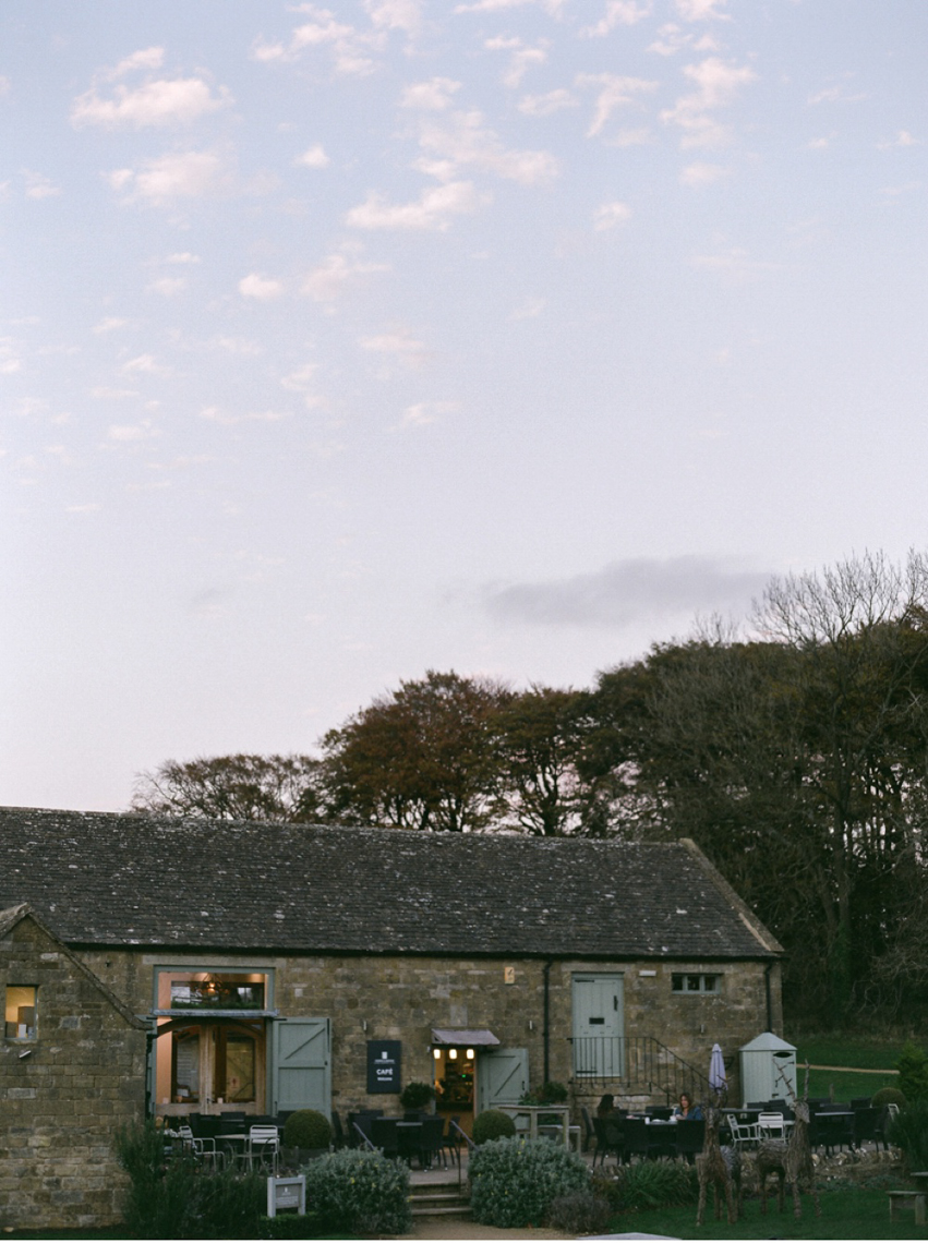 Cotswolds_WeddingPhotographer_UK©MadalinaSheldon_70.jpg