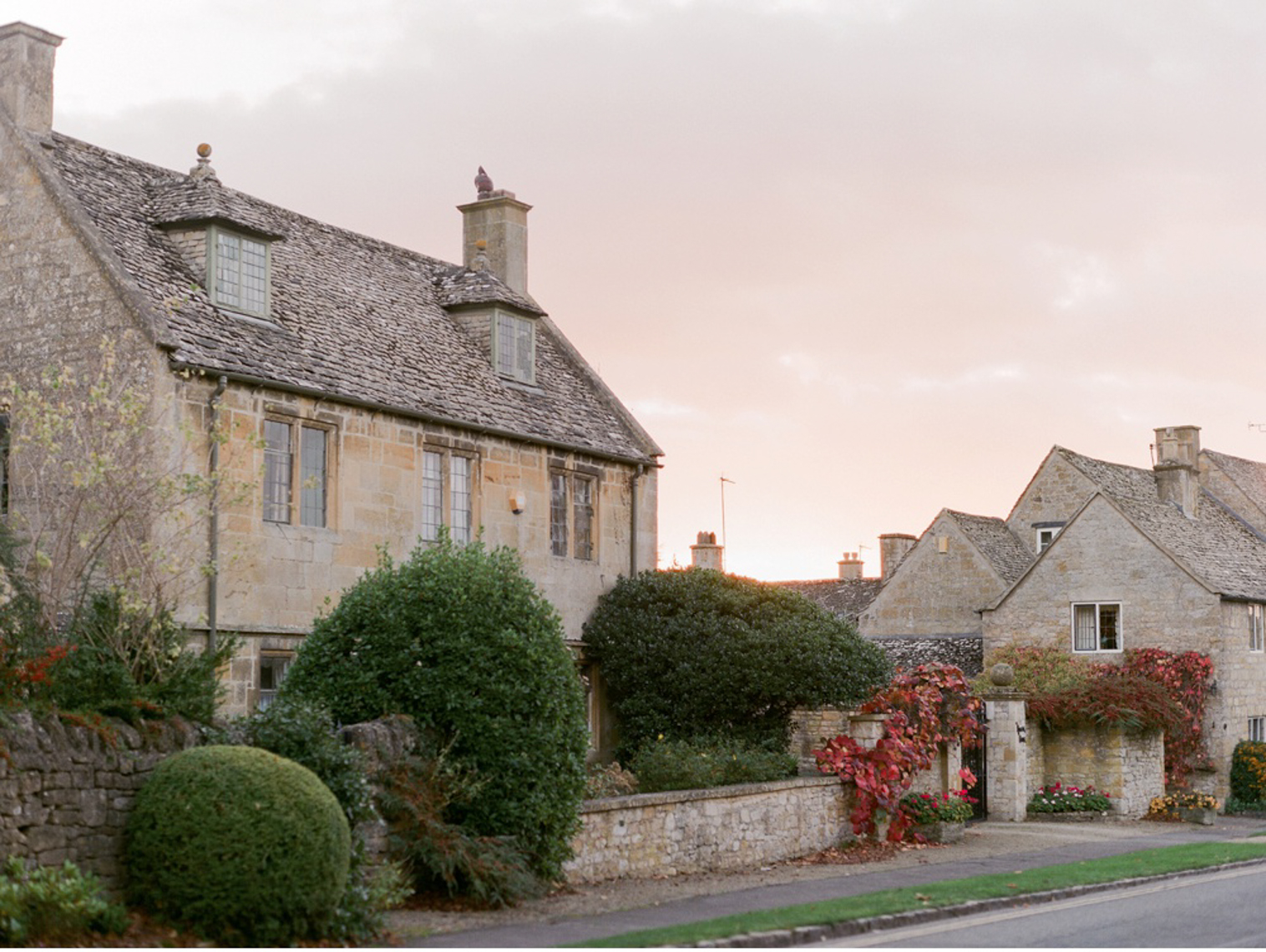 Cotswolds_WeddingPhotographer_UK©MadalinaSheldon_92.jpg