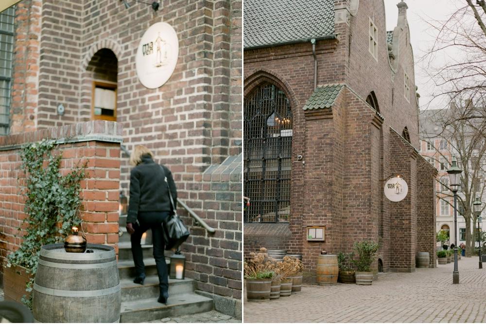 WeddingPhotographer_Copenhagen©MadalinaSheldon__0010.jpg