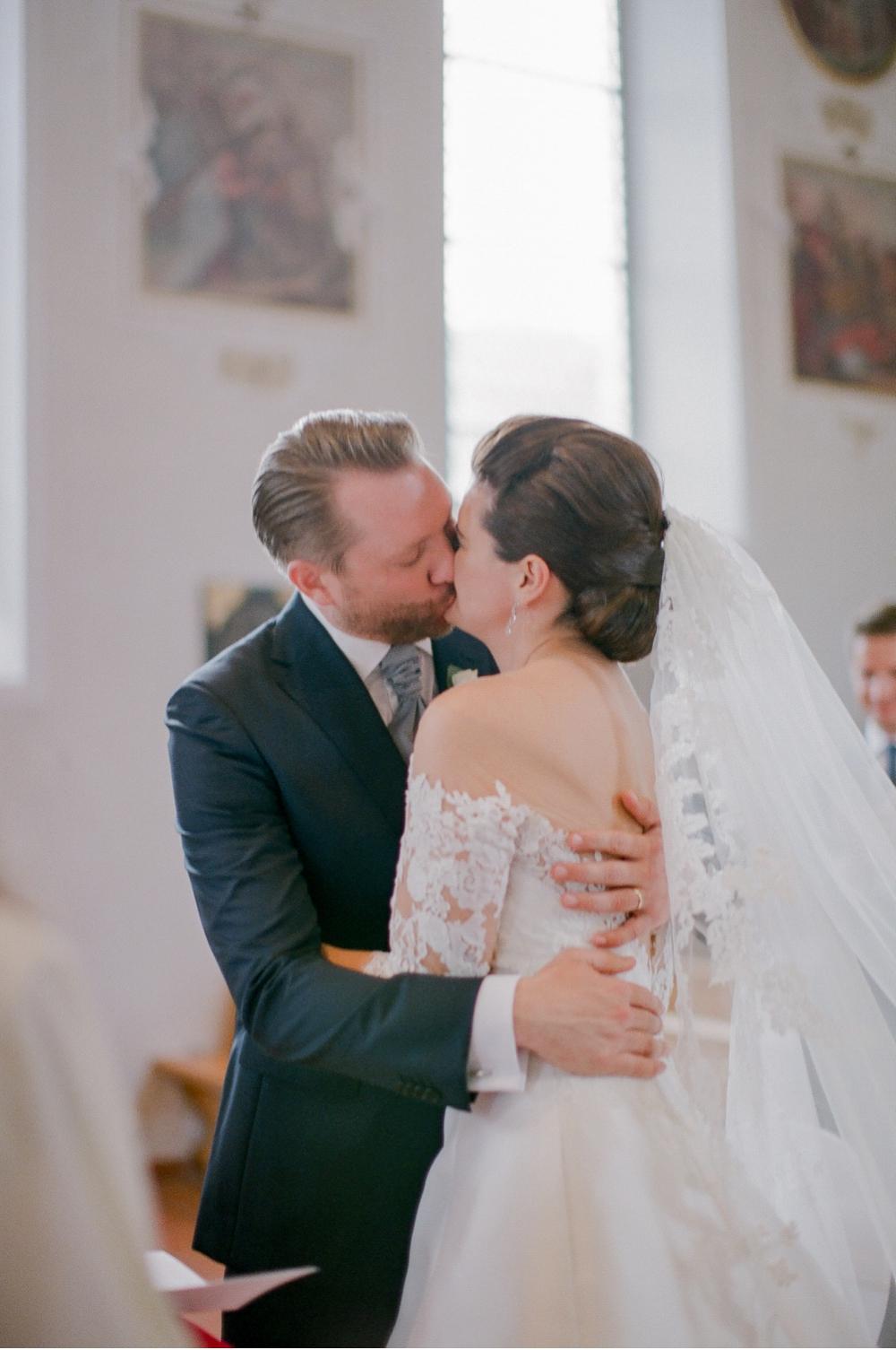 Hochzeitsfotograf_Voralberg_Bregenz_Bodensee©MadalinaSheldon__0028.jpg
