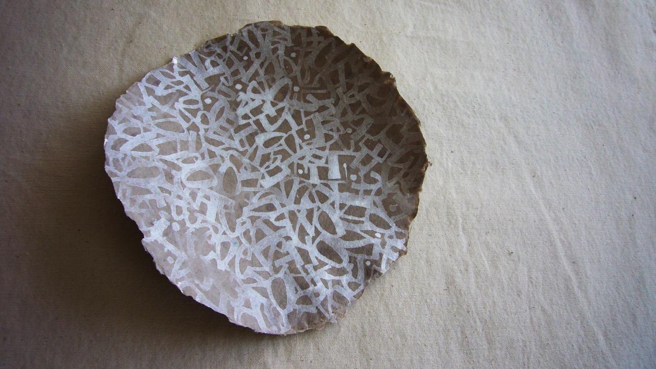 18wrk10-yukimi-annand-white-marks-on-bowl.jpeg