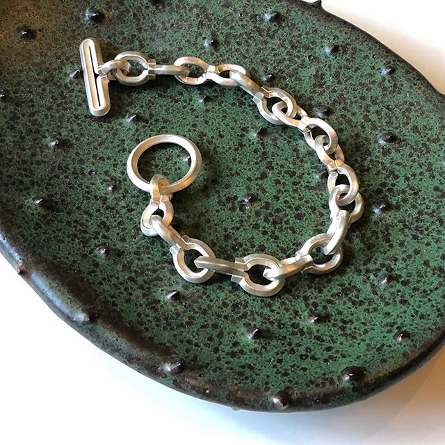Link bracelet in matt finish  #jewelry  #newyorktoparis