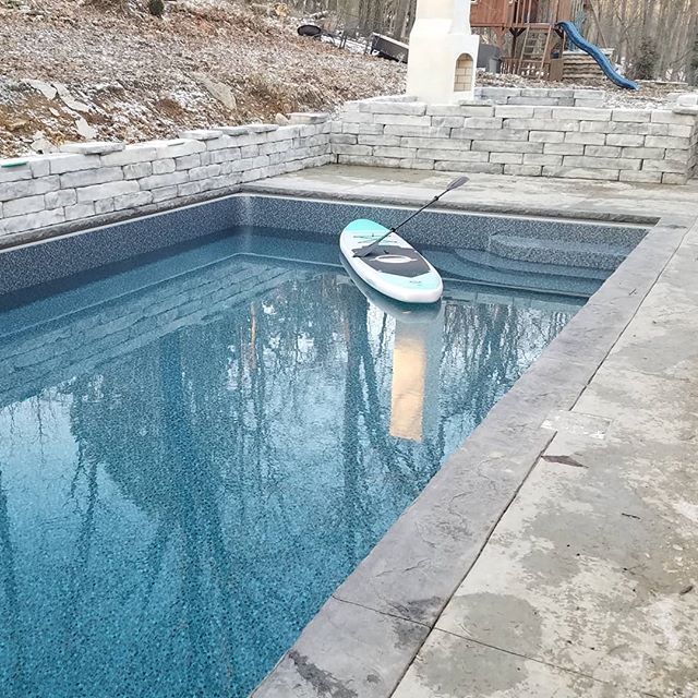 """It may be cold, but our dedicated """"dream team"""" made liner day happen on this pool today! #howdidtheydoit  #pittsburghpools #babyitscoldoutside #pools"""