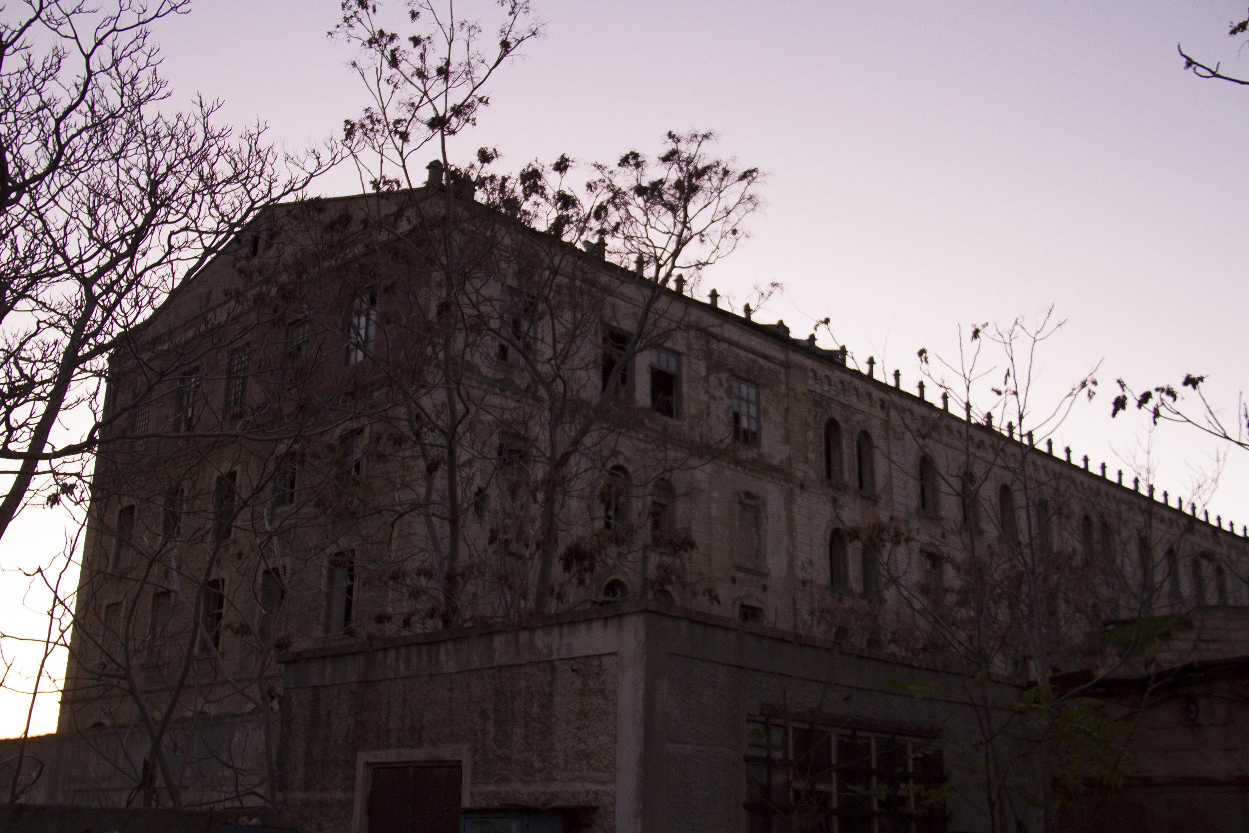 Urban decay 15.jpg