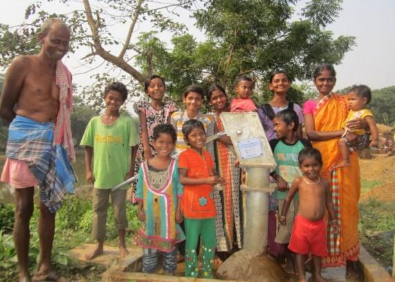 Community-Photo-at-Sadipur-e1450355338534-570x407.jpg