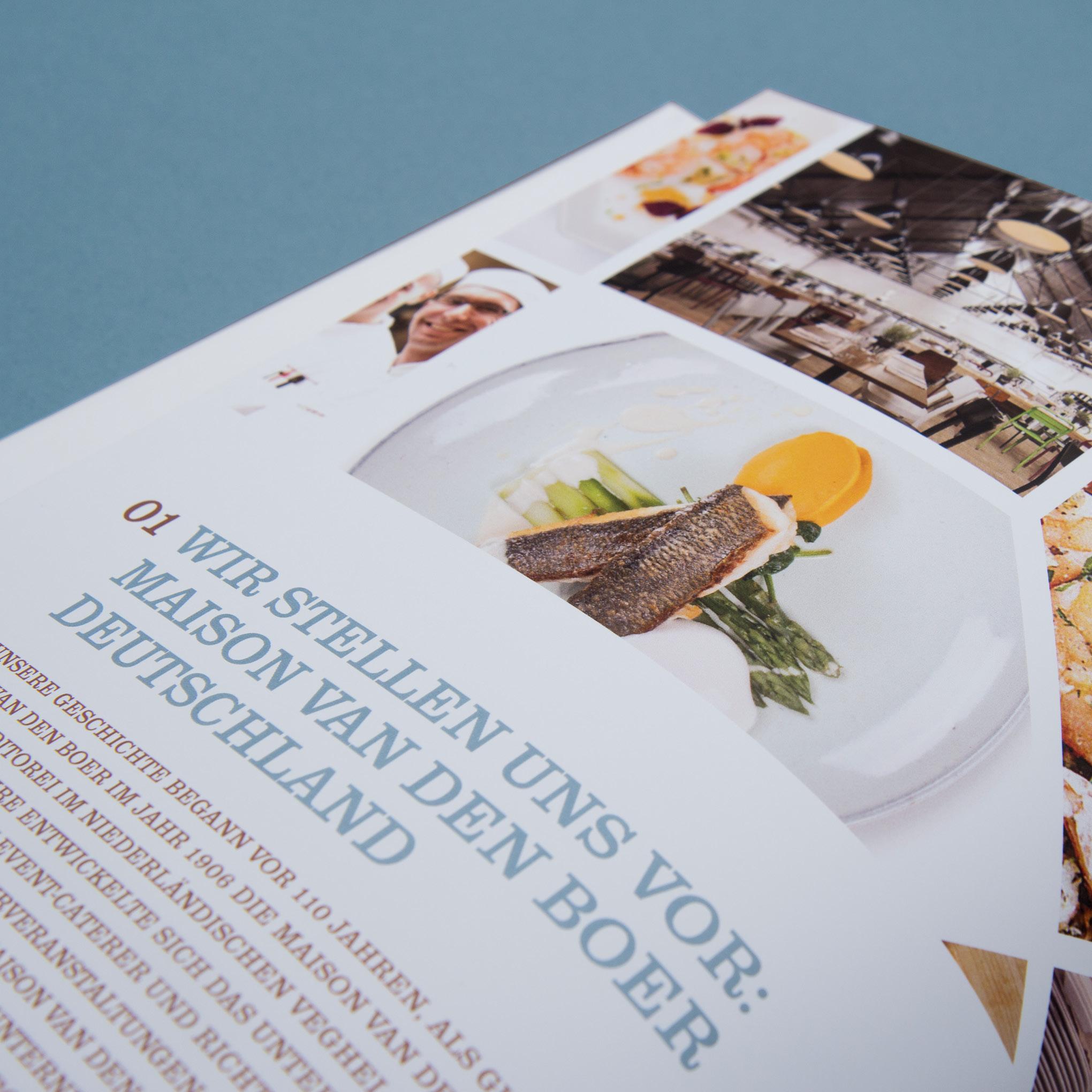 Ansicht einer Seite aus dem Buch, das die sons of ipanema für Maison van den Boer gestaltet haben