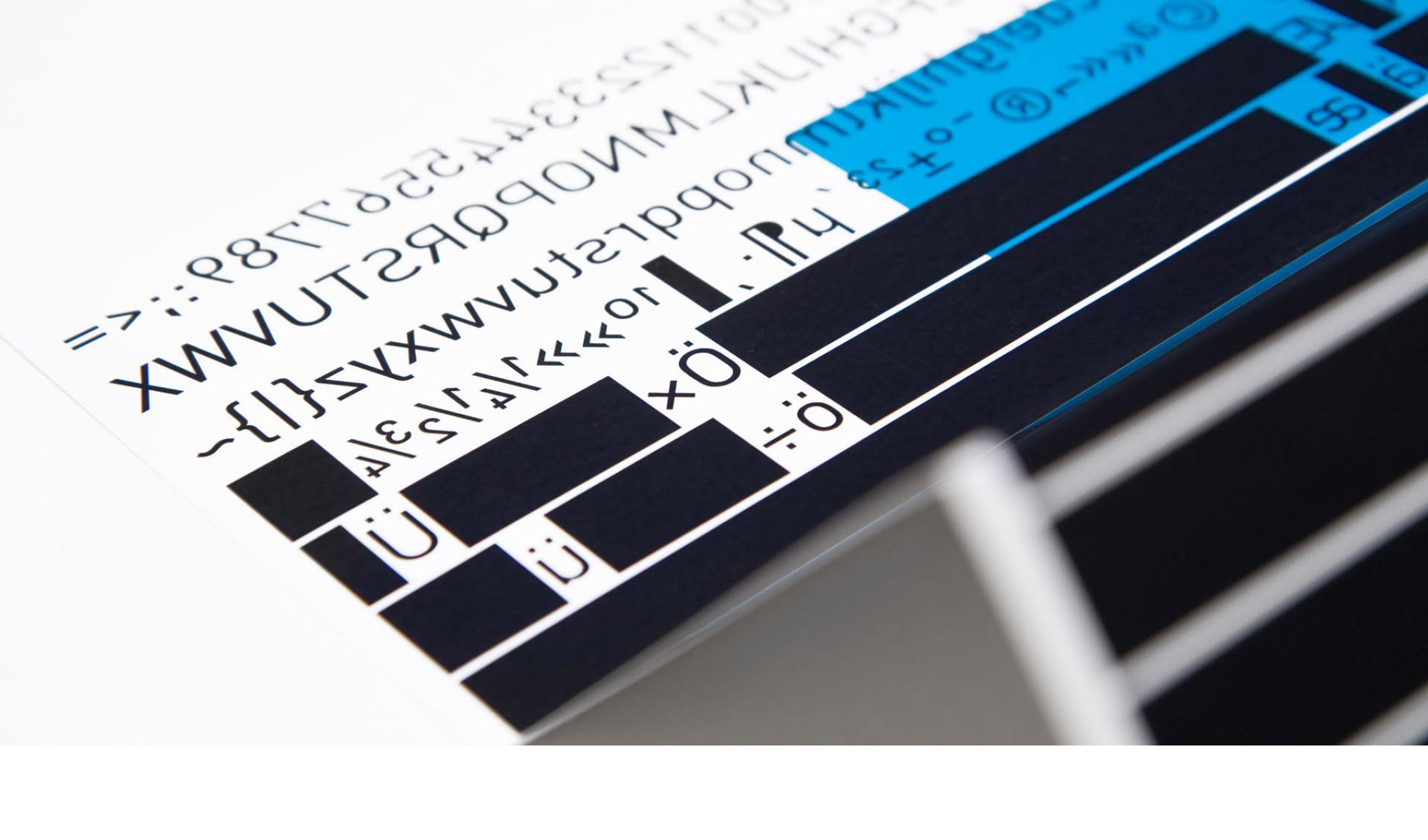 Das Corporate Design für die Text-Agentur hedora aus Trier haben die sons of ipanema aus Köln erarbeitet.